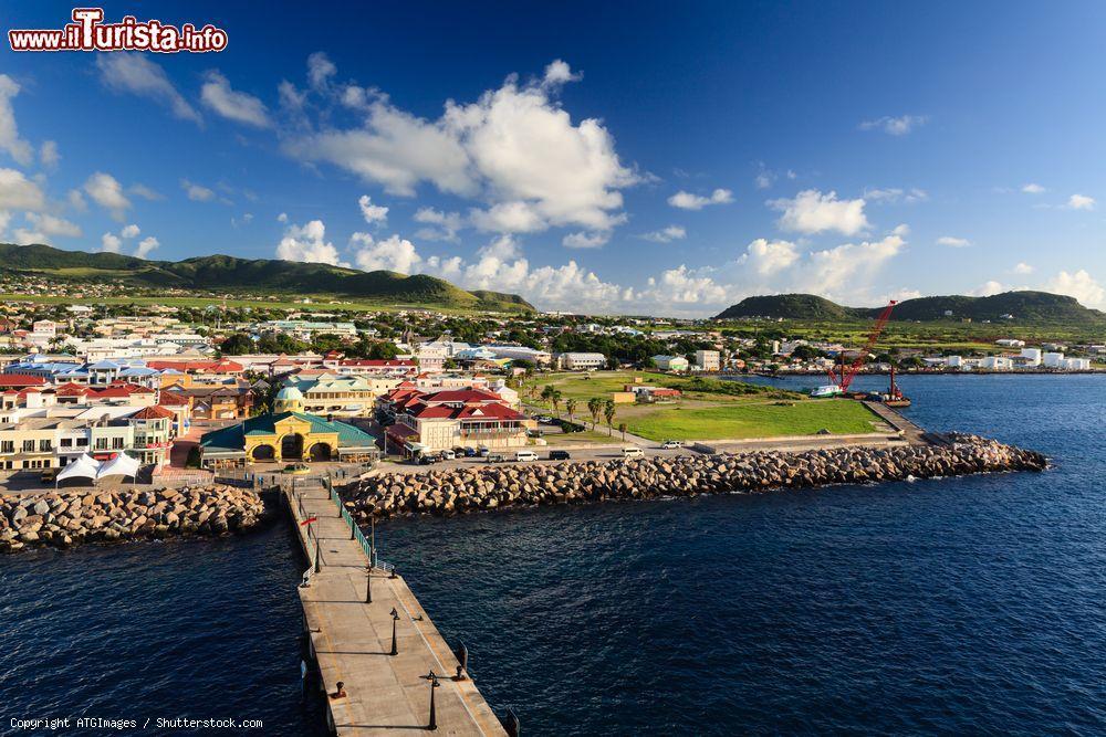 Le foto di cosa vedere e visitare a Basseterre