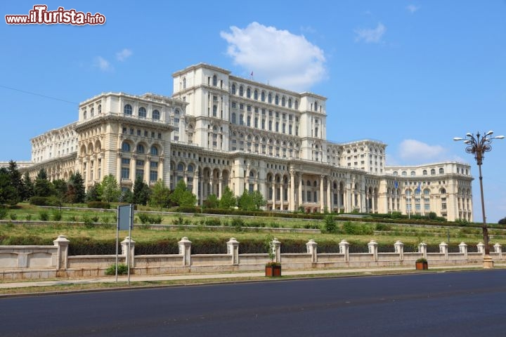 Le foto di cosa vedere e visitare a Bucarest