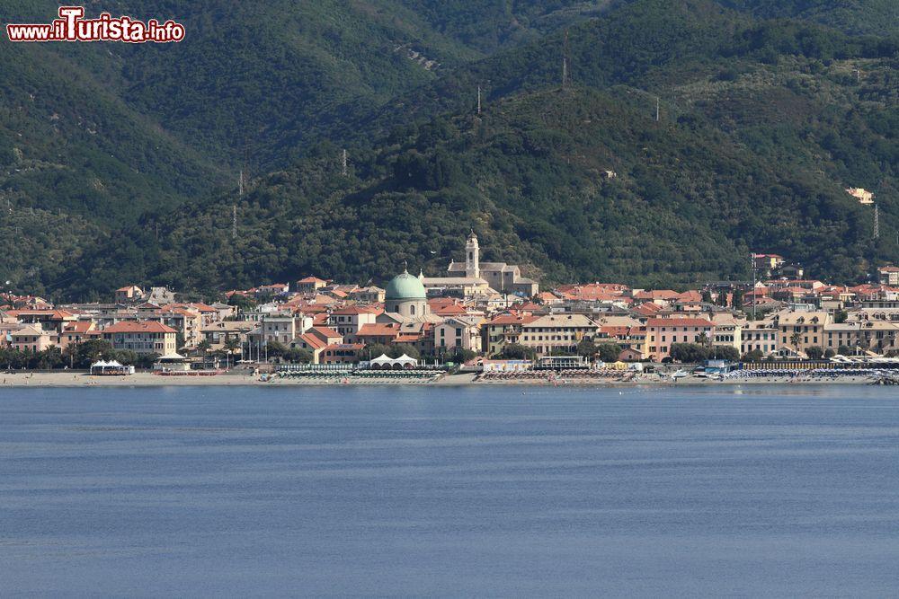 Le foto di cosa vedere e visitare a Albissola Marina