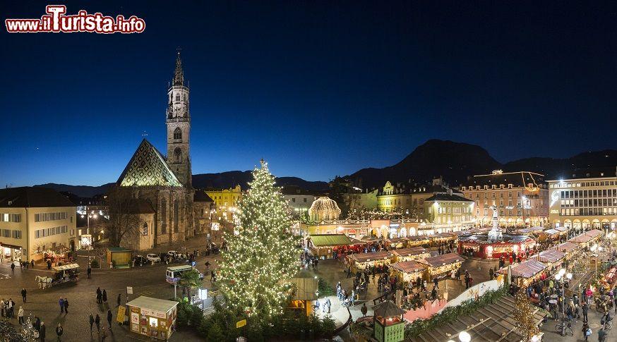 I cinque mercatini di natale pi belli d 39 italia date 2017 for Mercatini oggi milano