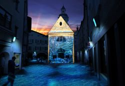 Bressanone Water Light Festival: Installazione The Postcard by Spectaculaires - ©  www.brixen.org