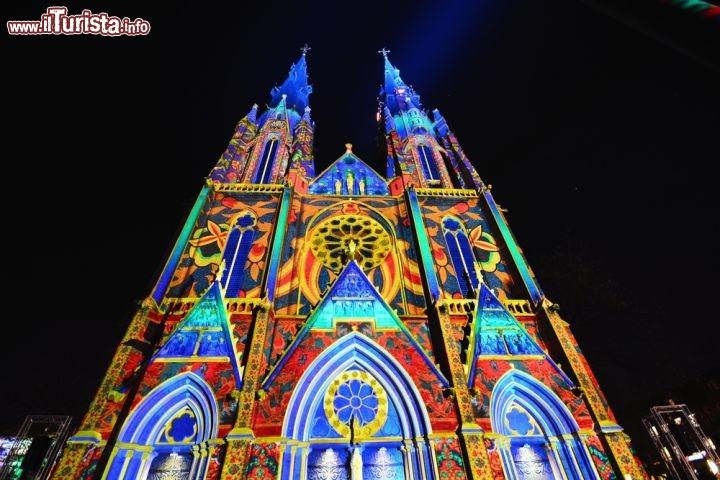 I festival delle luci pi belli del mondo 15 foto for I murales piu belli del mondo