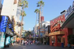 Universal CityWalk a Hollywood a due passi dal Parco a Tema Universal Studios - © Supannee Hickman / Shutterstock.com