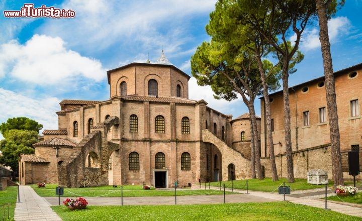 Basilica di san vitale ravenna cosa vedere guida alla for Cosa e esterno