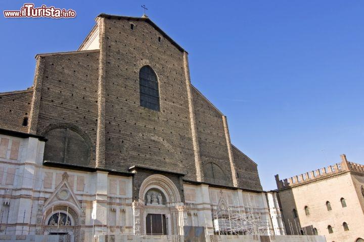 Cosa vedere e cosa visitare Basilica di San Petronio