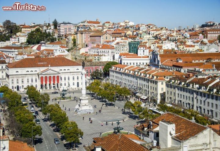 Cosa vedere e cosa visitare Piazza Dom Pedro IV (Rossio)