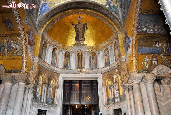 Arte A Venezia Il Sontuoso Interno Della Basilica