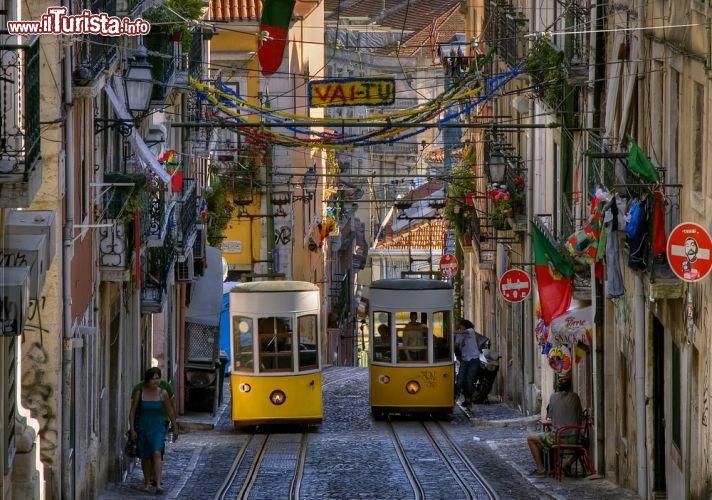 Bairro Alto: visitare il quartiere della vita notturna di Lisbona | Guida e foto