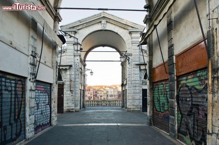 Alba a venezia quando la citt lagunare foto for Negozi arredamento venezia