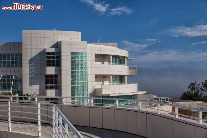 Immagine La visiita al museo Getty è uno dei must per chi sale in collina fino al Getty Center di Los Angeles  - © Capture Light / Shutterstock.com