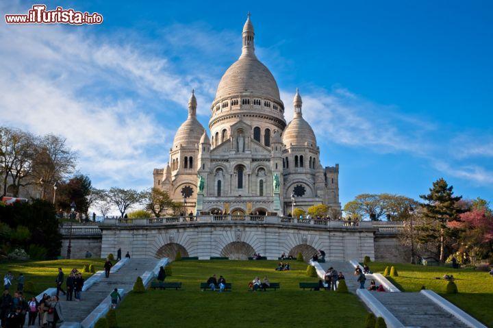 La Grande Basilica Parigina  La Chiesa Del Sacro