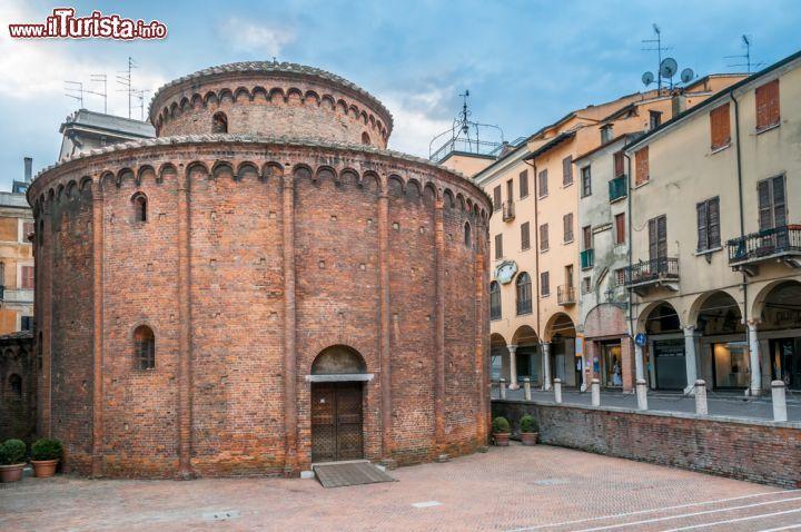 Cosa vedere e cosa visitare Rotonda di San Lorenzo