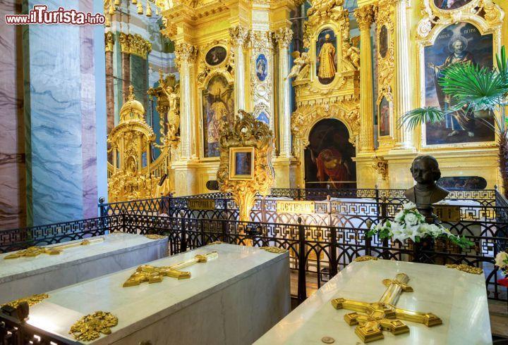 C'è anche la tomba di Pietro il Grande ...   Foto San Pietroburgo ...