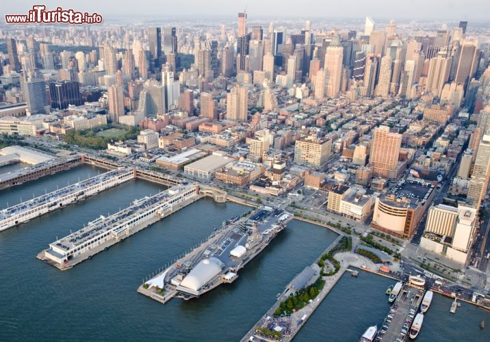 Intrepid sea air space museum new york city cosa - Portaerei new york ...