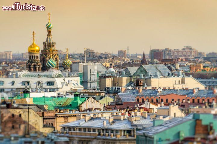 Una veduta panoramica di san pietroburgo russia - San pietroburgo russia luoghi di interesse ...