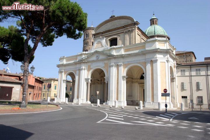 Cosa vedere e cosa visitare Duomo / Basilica Ursiana