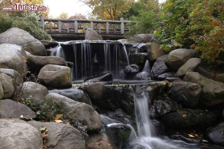 Cascate al prospect park di new york questo foto - Cascate da giardino ...