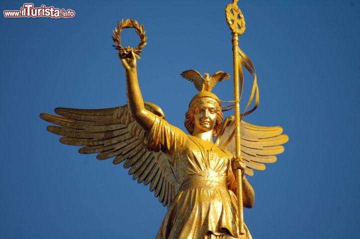 Cosa vedere e cosa visitare Colonna della Vittoria