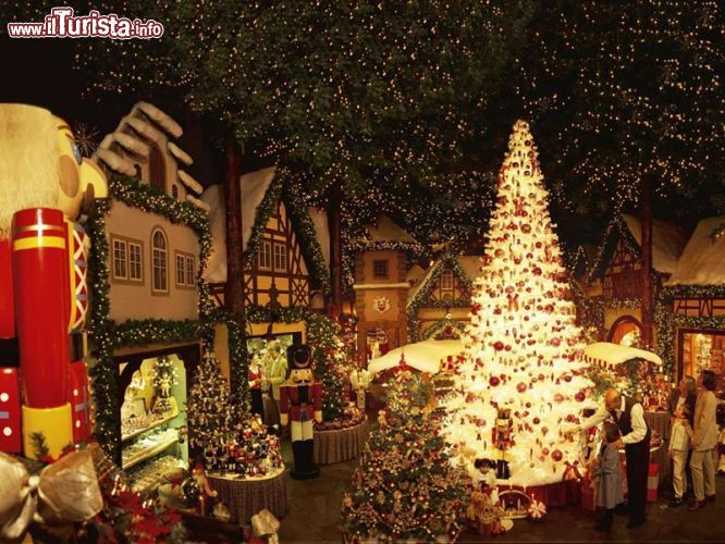 Where Is The Christmas Tree In New York