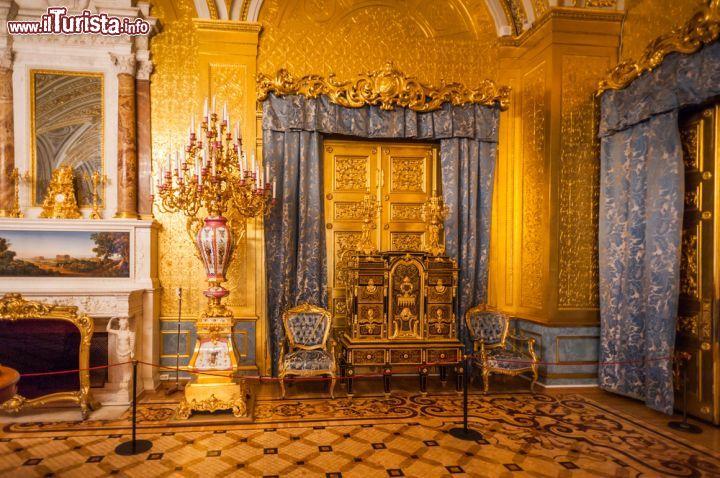 La stanza d 39 oro all 39 interno del complesso foto san for Disegni della stanza del fango
