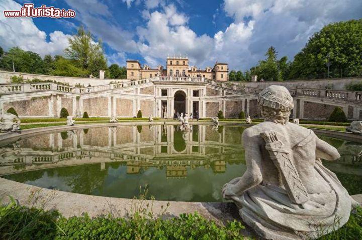 Cosa vedere e cosa visitare Villa della Regina