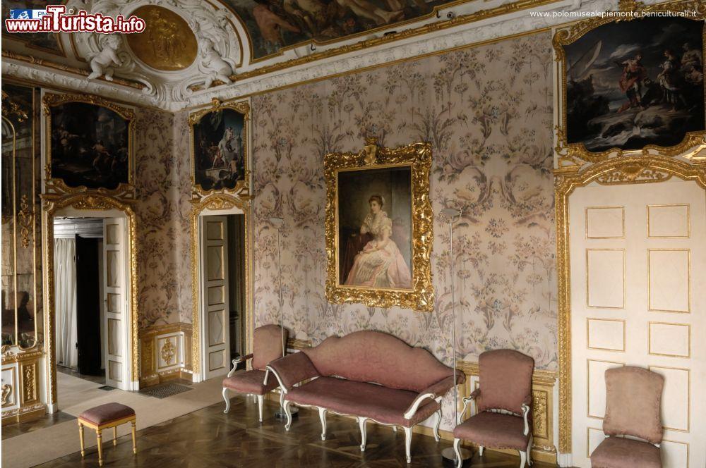 Villa della regina torino la visita alla camera for Camera da letto del soffitto della cattedrale