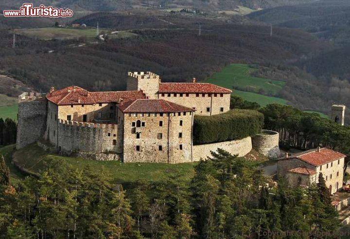 Cosa vedere e cosa visitare Castello di Montegiove