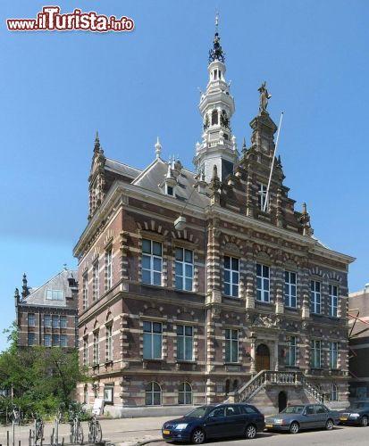 Gemeent huis una casa storica del quartiere foto for Centro di amsterdam