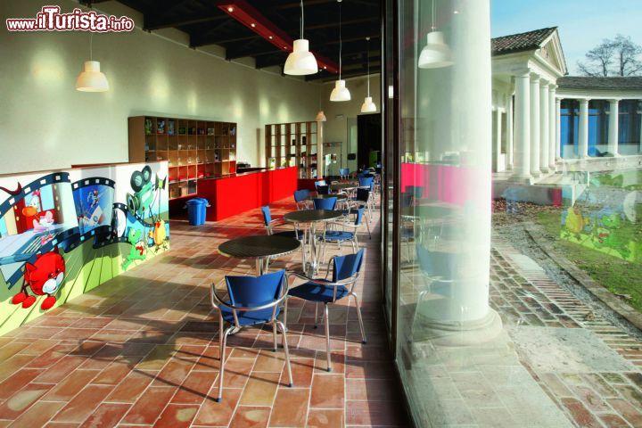 Il Bookshop All 39 Interno Del Parco Degli Foto Treviso