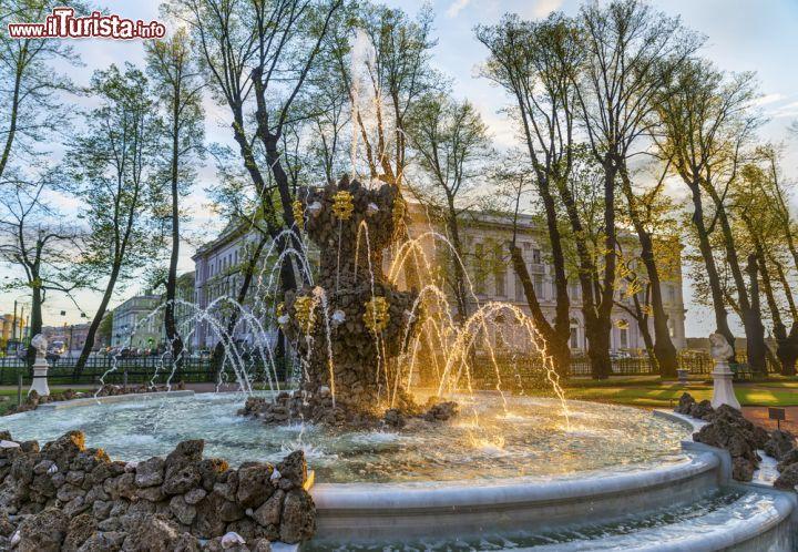 Giardino e palazzo d 39 estate san pietroburgo cosa vedere guida alla visita - Il giardino d estate ...