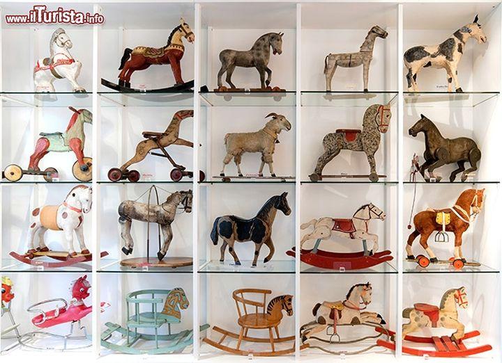 Cosa vedere e cosa visitare Museo del Cavallo Giocattolo