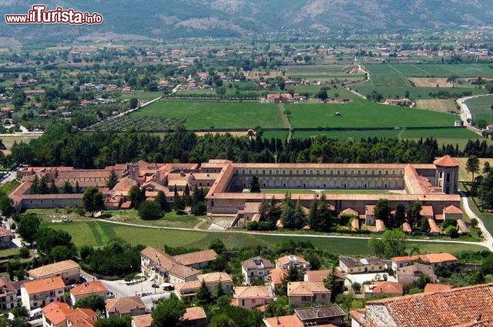 Cosa vedere e cosa visitare Certosa di San Lorenzo