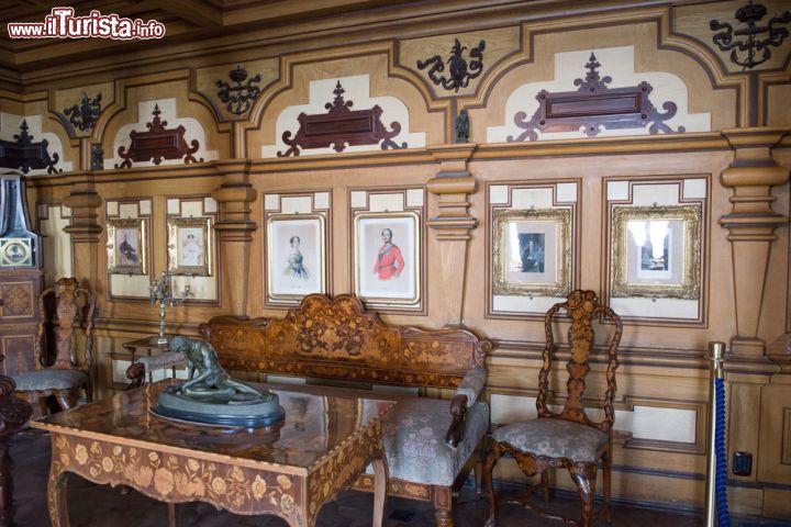 Gli eleganti interni del castello di miramare foto for Immagini di interni