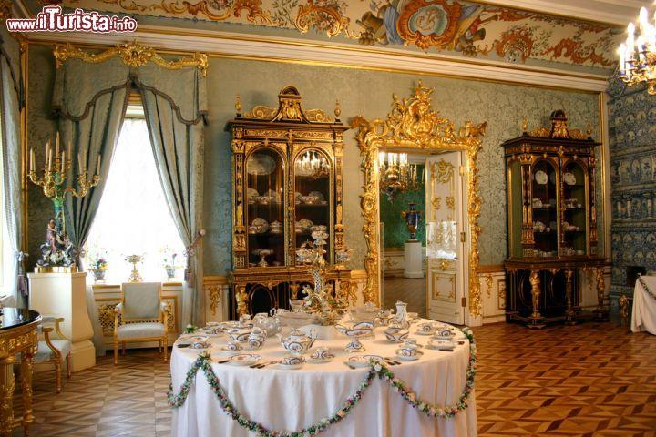 Il grande salotto blu di peterhof san pietroburgo - Decorazioni pittoriche ...
