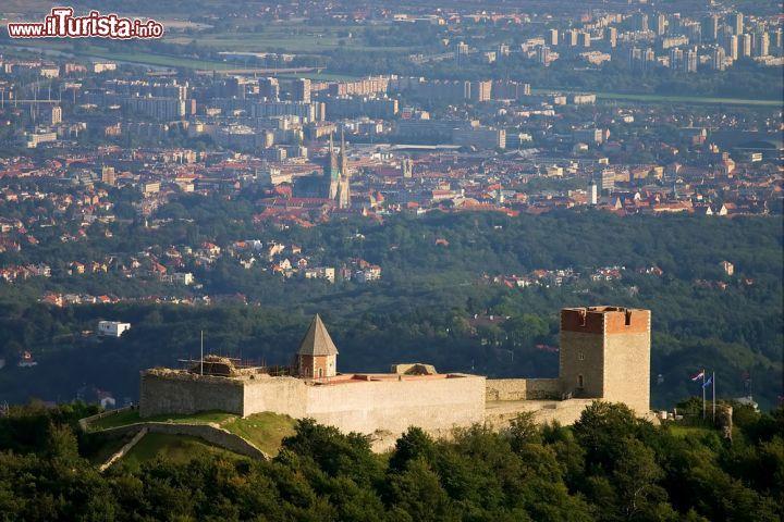 Cosa vedere e cosa visitare Castello di Medvedgrad