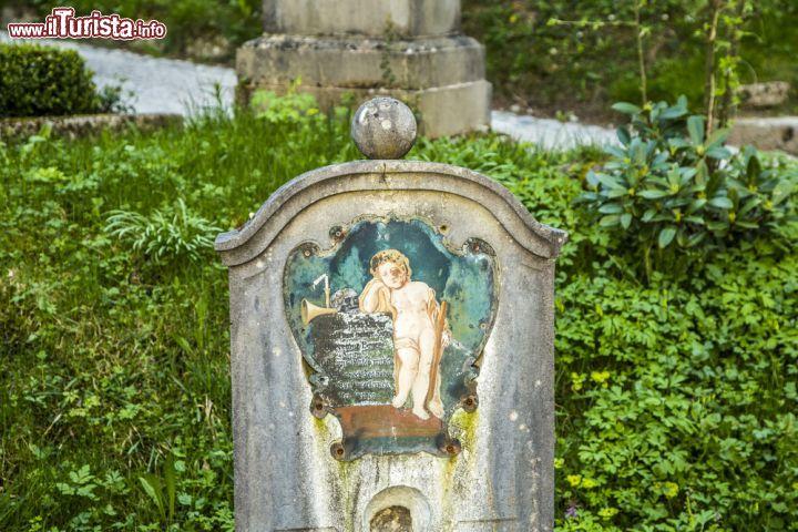 Cosa vedere e cosa visitare Cimitero di San Pietro
