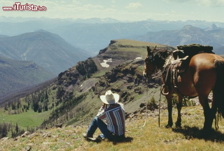 Cowboy overlook, vista panoramica nel Wyoming vicino a Red Wall. Credit: Wyoming Travel & Tourism