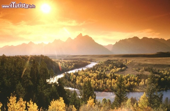 Tramonto nel Grand Teton National Park nel Wyoming. Credit: Pete Saloutos