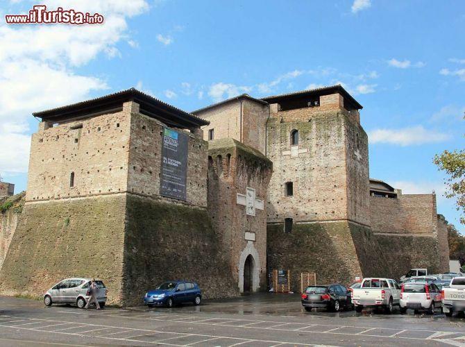Cosa vedere e cosa visitare Castel Sismondo