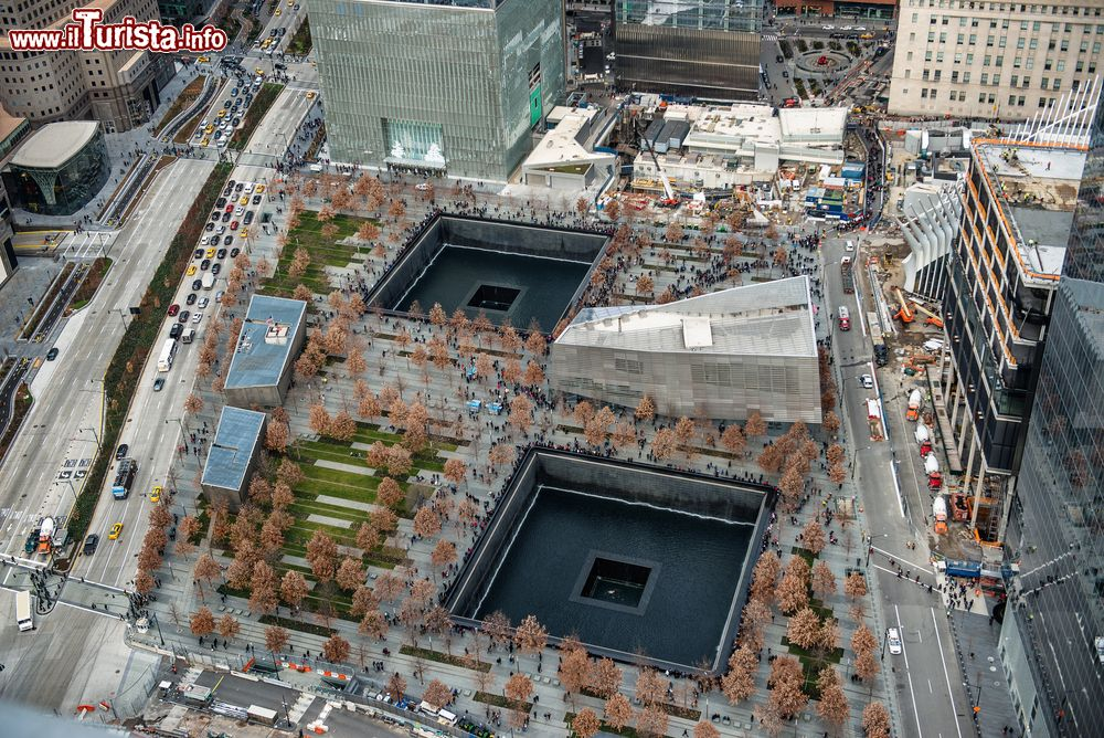Immagine Vista aerea del memoriale 11 settembre a Lower Manhattan, New York