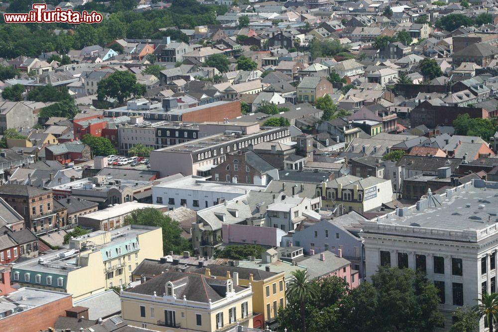 Il quartiere francese di new orleans visto dai foto for Casa in stile new orleans