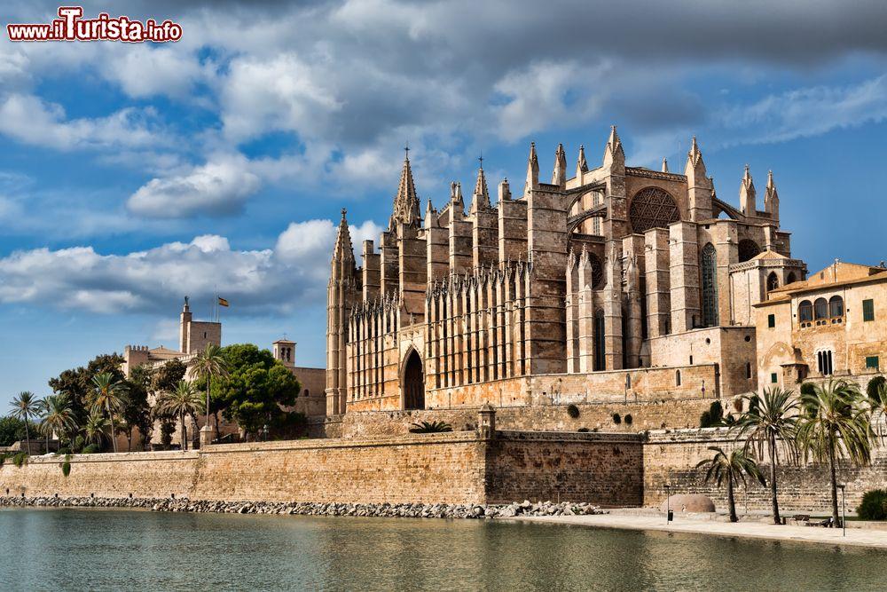 Cosa vedere e cosa visitare Cattedrale di Santa Maria