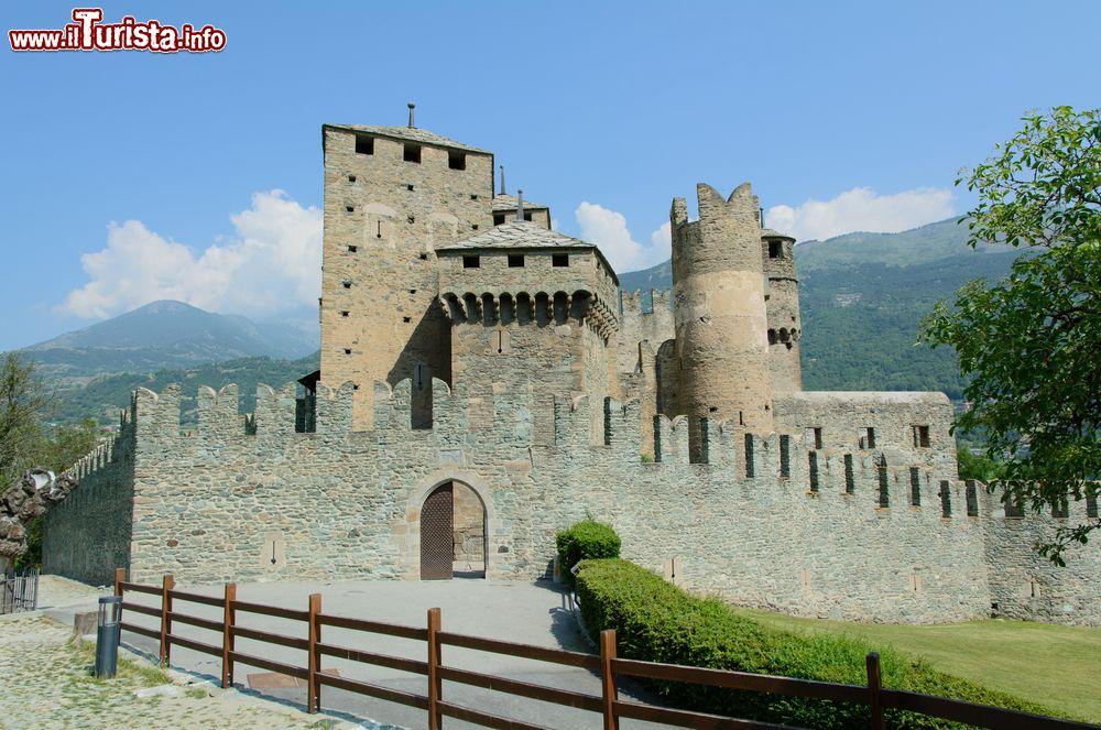 Cosa vedere e cosa visitare Castello di Fènis