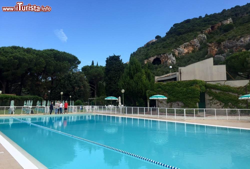 Il parco termale e la piscina di uliveto terme - Piscina comunale levico terme ...