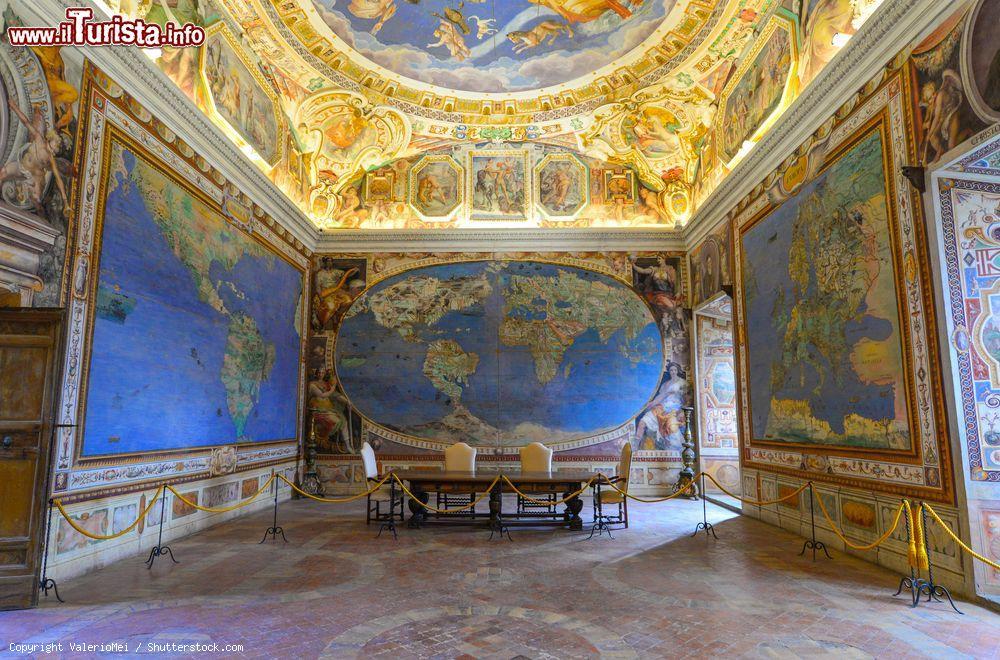 Palazzo farnese caprarola cosa vedere guida alla visita for Corso di arredatore d interni roma