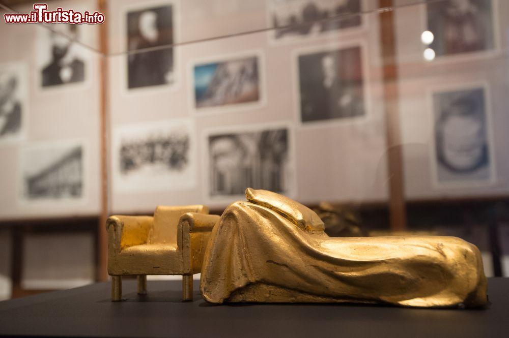 Un oggetto all 39 interno della casa museo di foto for Oggetto casa