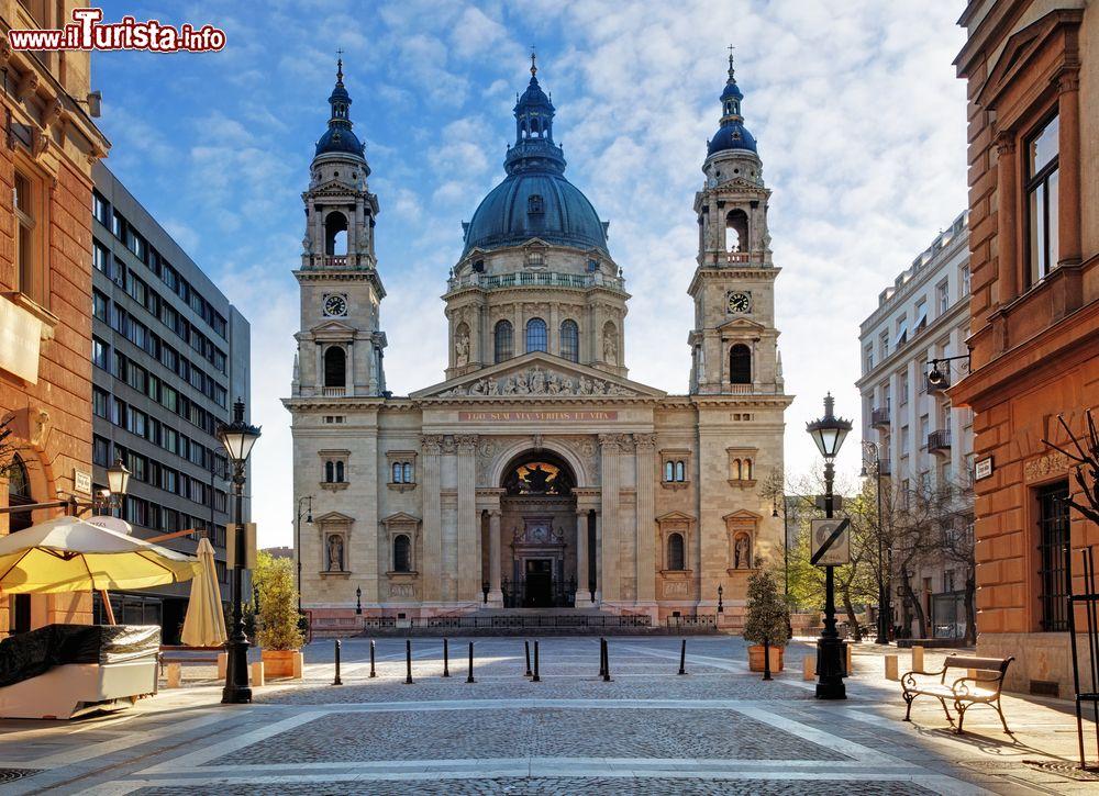 Cosa vedere e cosa visitare Basilica di Santo Stefano