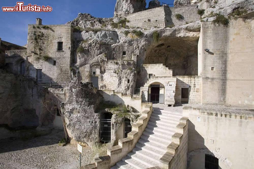 Cosa vedere e cosa visitare Casa grotta di Vico Solitario