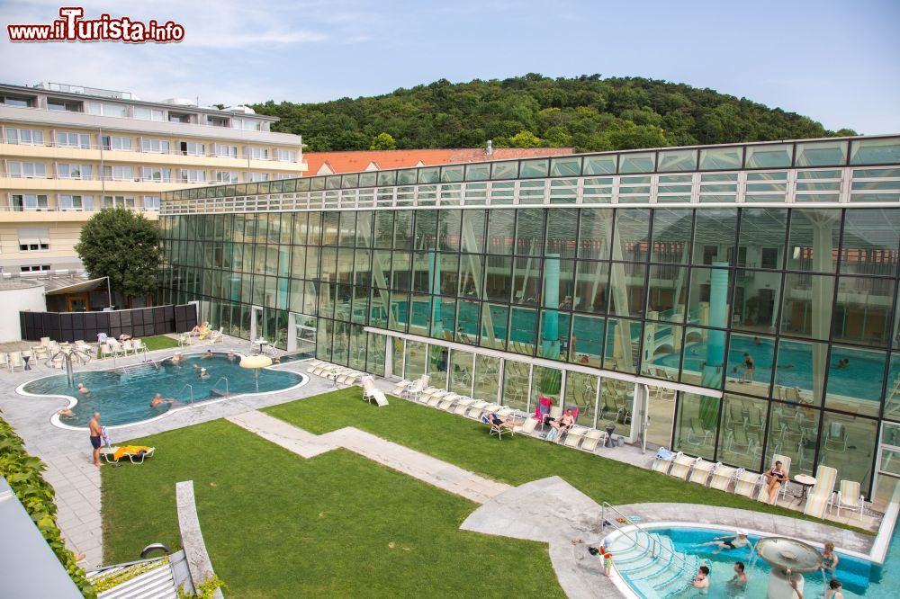 Immagine Il complesso termale delle Roemer therme a Baden bei Wien, vicino a Vienna in Austria