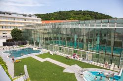 Il complesso termale delle Roemer therme a Baden bei Wien, vicino a Vienna in Austria